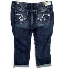 Silver Jeans Jeans - Silver Jeans Twisted Capri